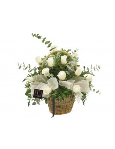 Cestita de Rosas Blancas